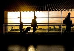 Lý do tại sao đi qua cửa an ninh ở sân bay có thể làm bạn bị ốm