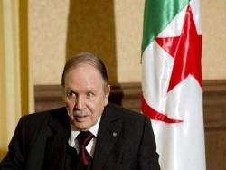 Tổng thống Algeria Abdelaziz Bouteflika đệ đơn từ chức