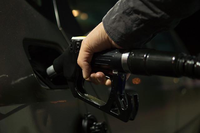 Xuất khẩu xăng dầu tháng 1-tháng 2 giảm mạnh