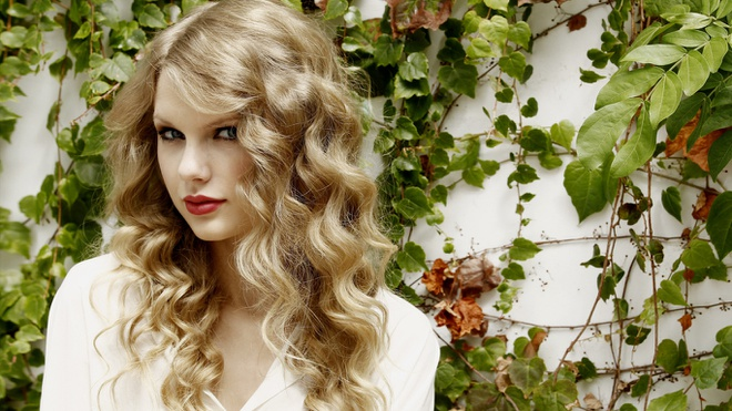 Những nhạc sĩ giàu nhất thập kỷ qua: Từ Taylor Swift, Beyoncé cho tới Lady Gaga